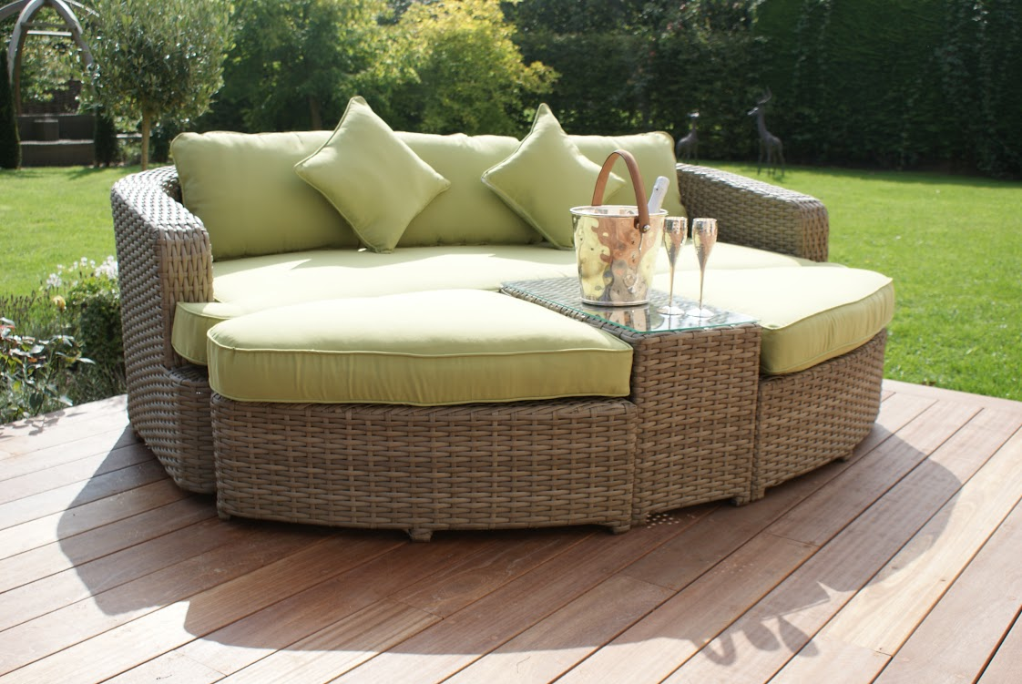Milano Natural Rattan Garden Furniture Daybed Sofa Stool Green Cushions