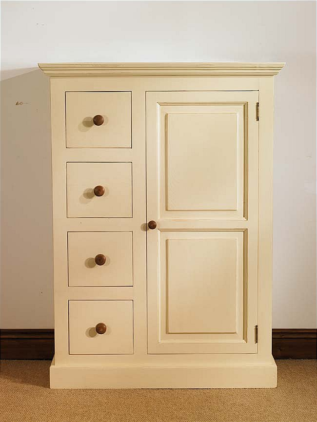 Autumn fusbm devon range Short wardrobe with drawers