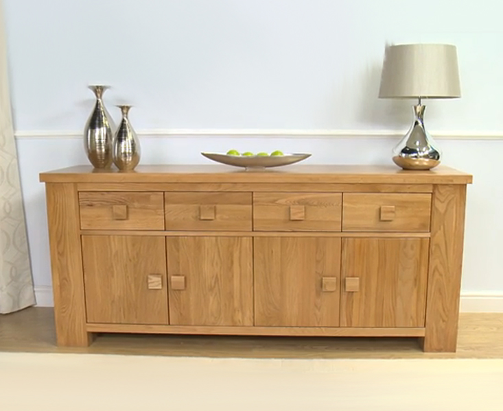 Cheshire Solid Oak Living Room Furniture 4 Drawer 4 Door